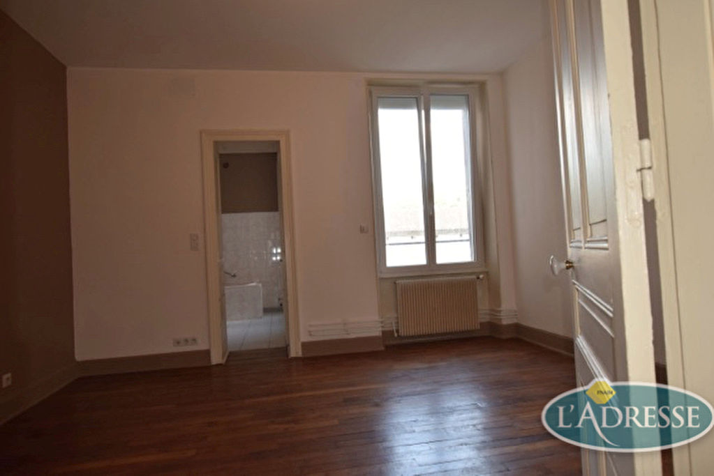 appartement-epinal-4-piece-s-105-m2